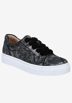 Cairo Sneakers by Naturalizer®,