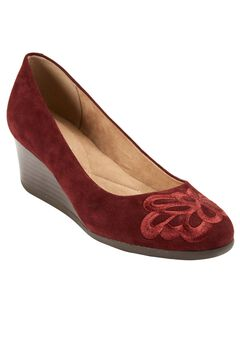 Larcie Pump by Easy Spirit®, WINE, hi-res