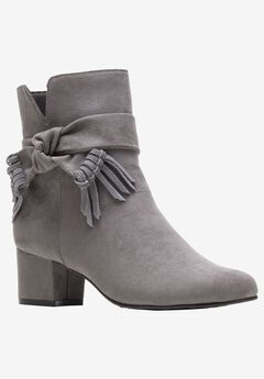 Gypsie Boot by Soft Style,