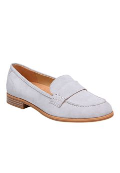 Veronica Loafers by Naturalizer®,