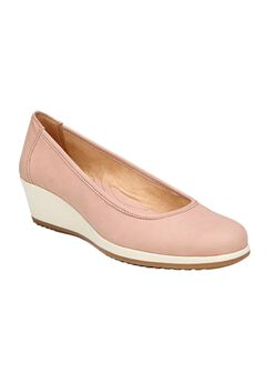 Betina Wedges by Naturalizer®,