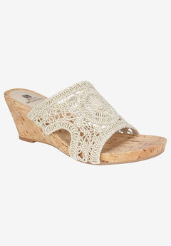 Amherst Sandal by White Mountain,