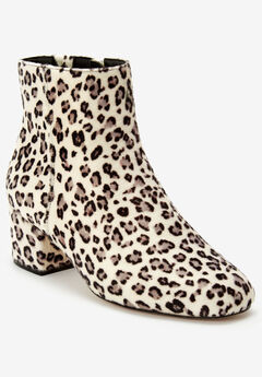 Sidney Booties by Comfortview, SNOW LEOPARD