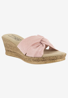 Dinah Tuscany Sandal by Easy Street®,