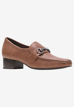 Ginny Loafer by Soft Style,