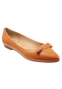 Erica Pointed Flats by Trotters,
