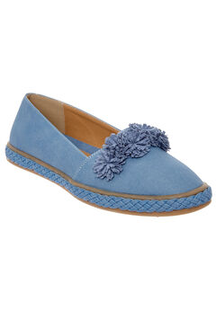 Luca Flats by Comfortview®,