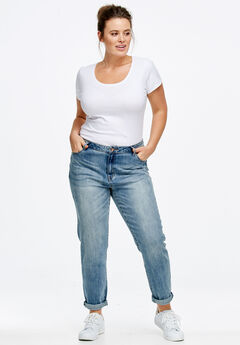 Plus Size Boyfriend Jean Fit Guide | Roaman's