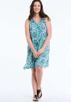 Roaman's specializes in plus-size clothing for women, with sizes from 12WW. When shopping at Roaman's, it's possible to find promotion codes for 20%, 30%, 40% or even 50% off your entire order.