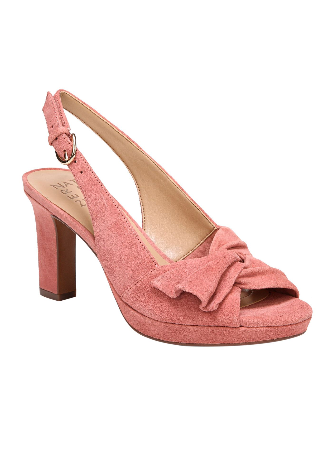 Fawn Pumps by Naturalizer®,