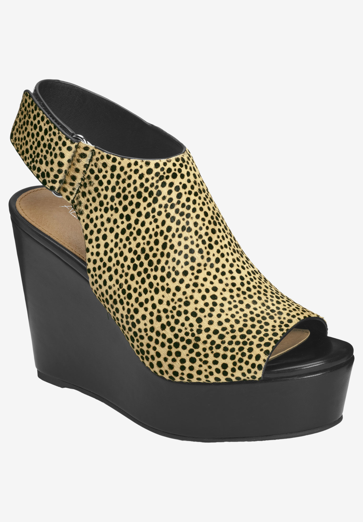 Southampton Wedge by Aerosoles Platinum,