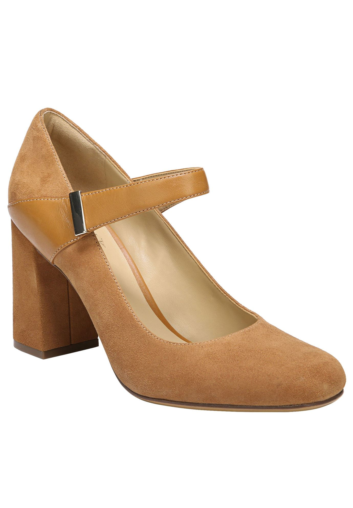 Reva Pumps by Naturalizer®,