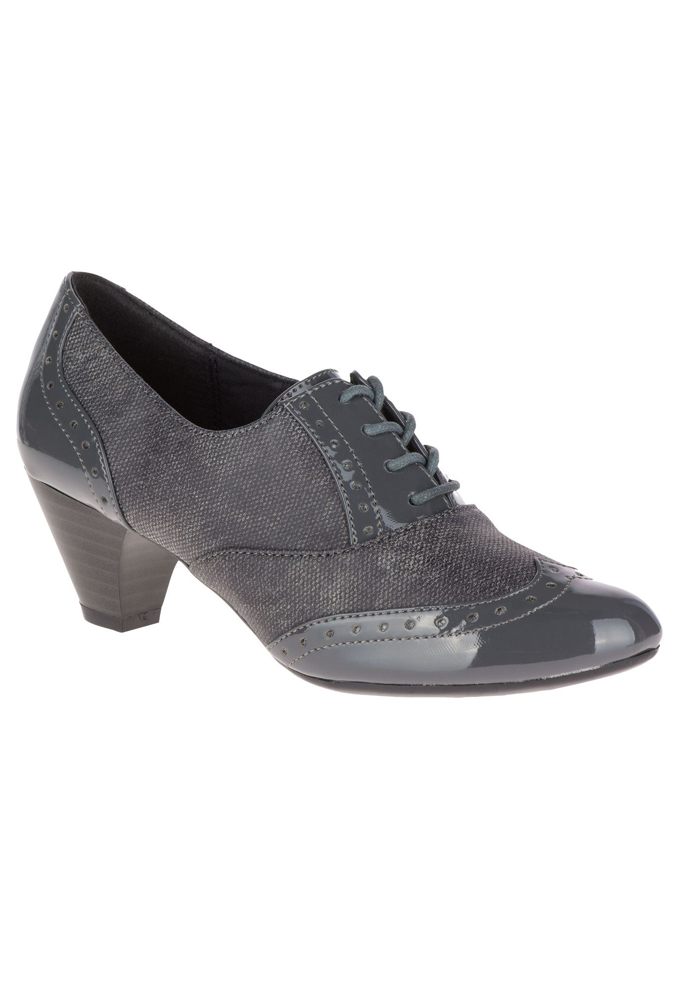Gianna Pumps by Soft Style,