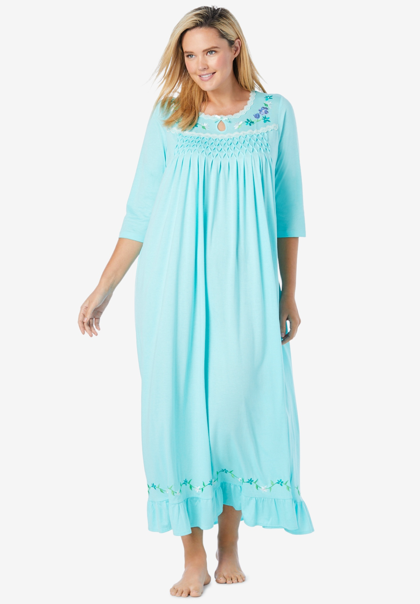 Three-quarter sleeve smocked sleep gown,